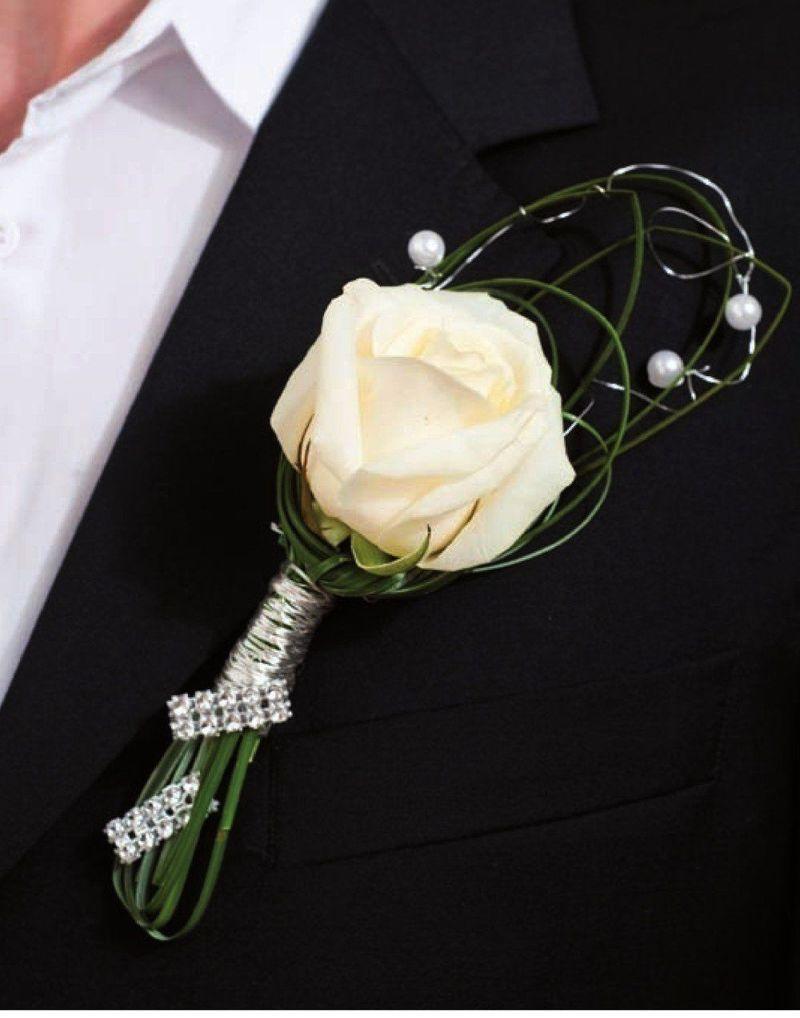 boutonnière avec fil métallique classique blanche et verte