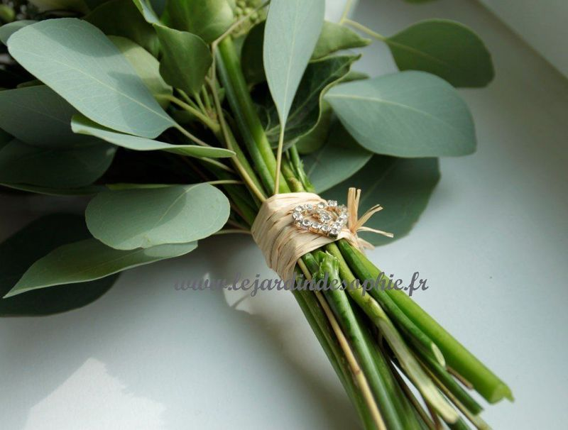 Coeur en strass pour décoration bouquet de mariée.